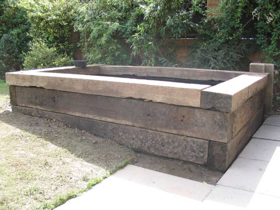 Used grade 1 azobe railway sleepers Raised ponds for sale