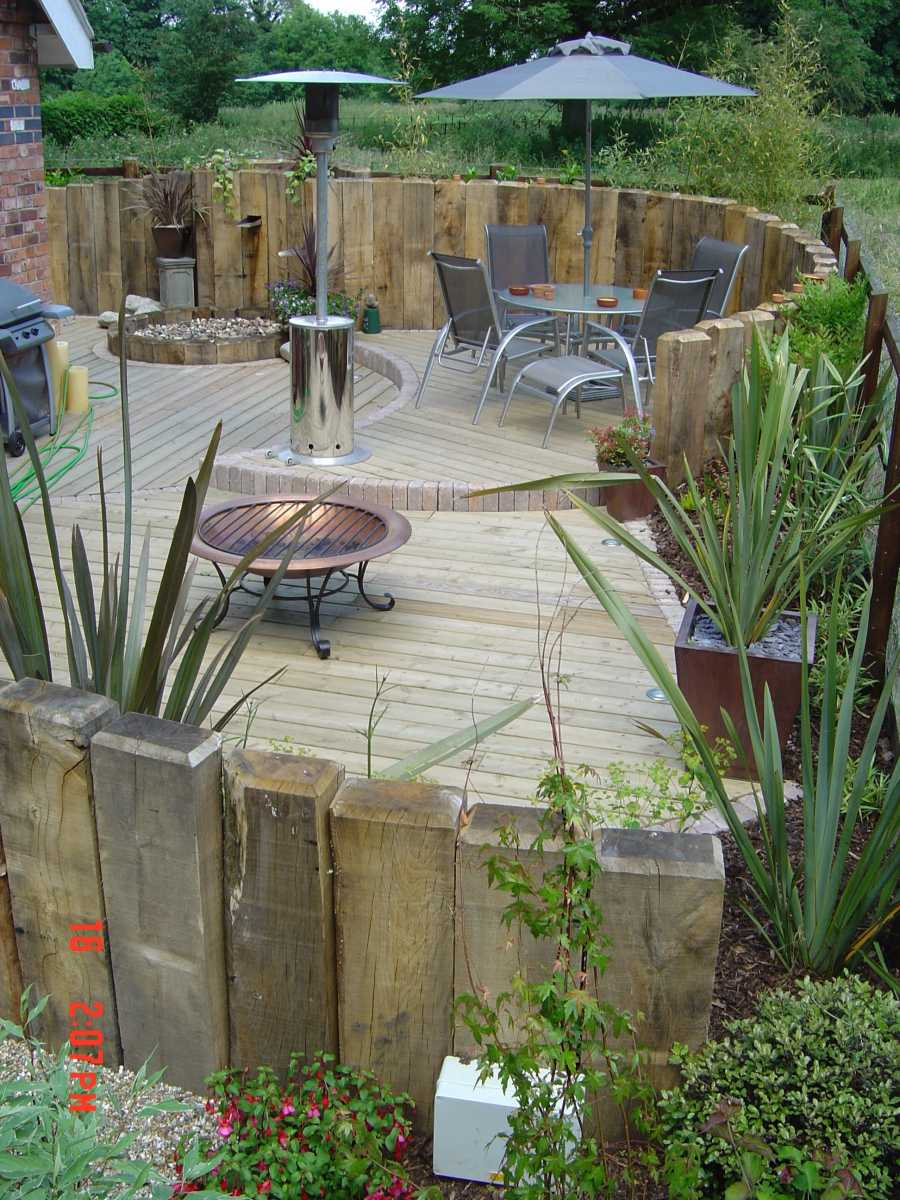 New oak railway sleepers from for Garden ideas for patio areas