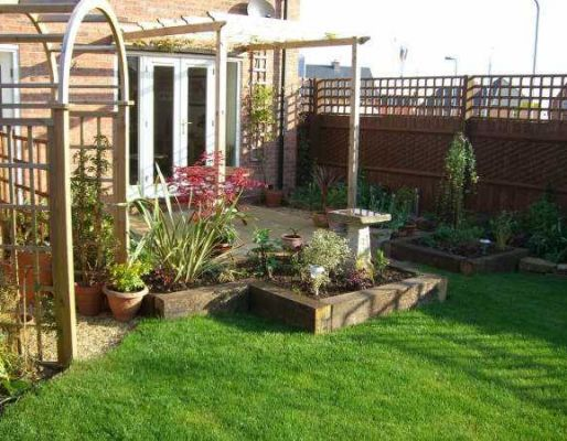 Craig & Clare's landscaping with railway sleepers