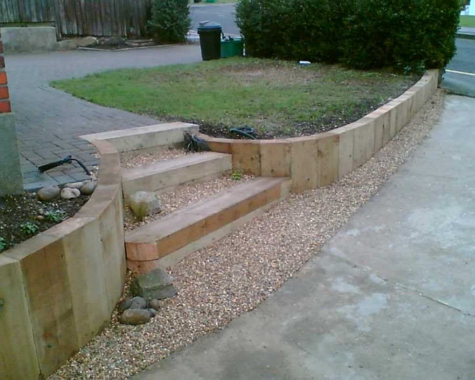 eddies sloping garden project with railway sleepers - Garden Ideas Using Sleepers