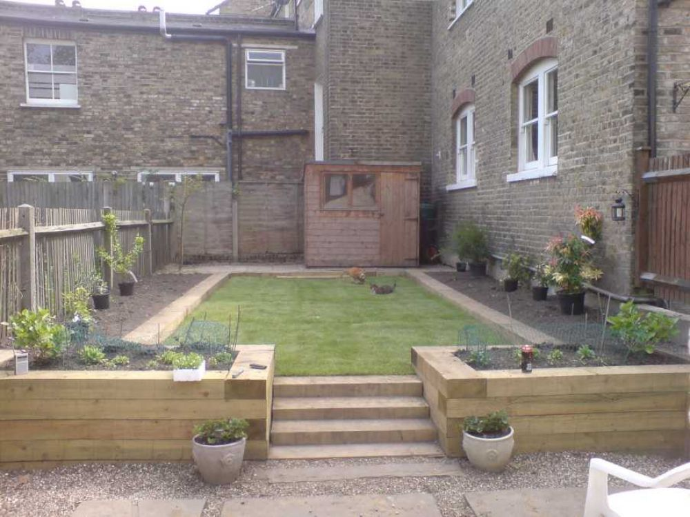 craig higgins garden transformation with railway sleepers