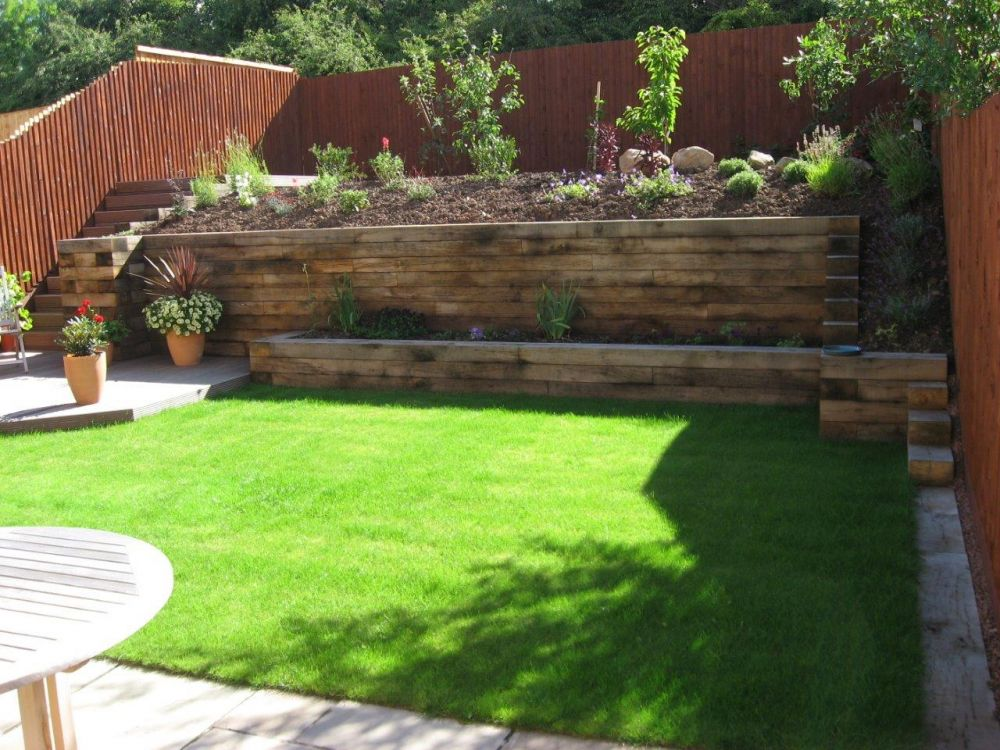Landscaping with new oak railway sleepers for Garden design using sleepers