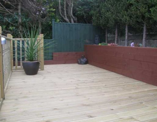 Nigel & Rose Holder's patio wall with railway sleepers