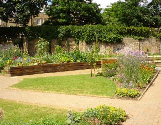 King Henry's walk garden with azobe railway sleepers
