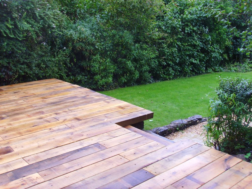 Scottish deck with new oak railway sleepers for Garden decking sleepers