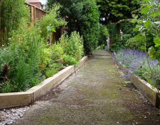 Kings Lynn's 1 day transformation with railway sleepers