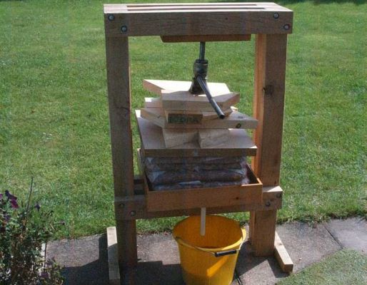 Neil Franklin's cider press project with railway sleepers