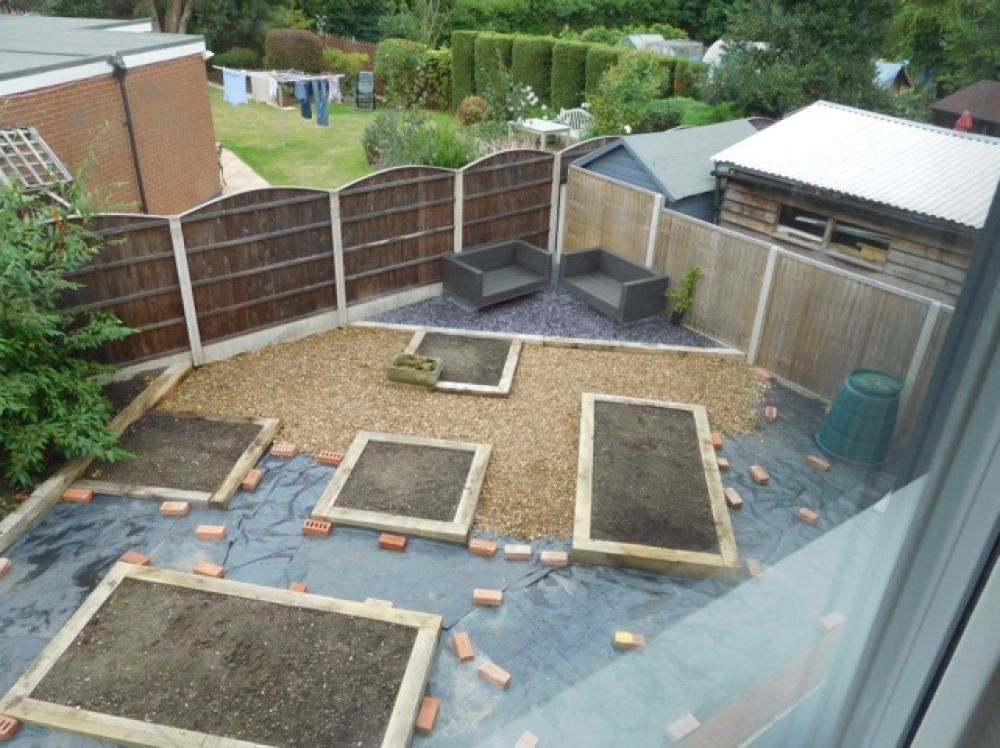 Oak Railway Sleepers >> new oak railway sleepers raised bed gravel garden