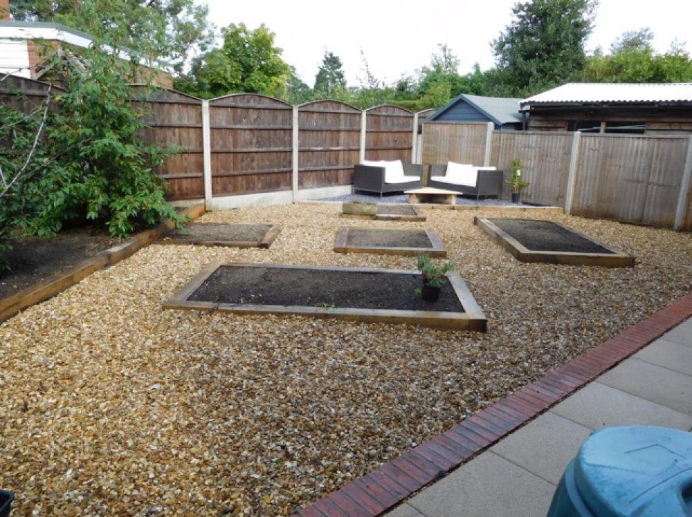 Phillip S New Railway Sleeper Raised Bed Gravel Garden