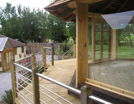 Oak garden pavillion - from new & used railway sleepers