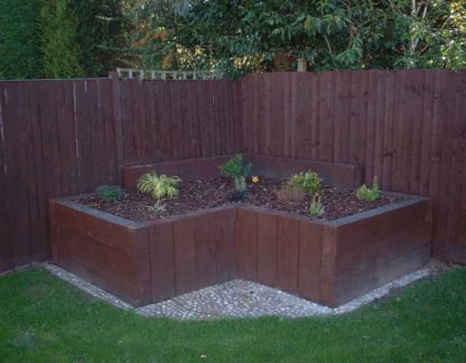 Phil & Louise's railway sleeper landscaping