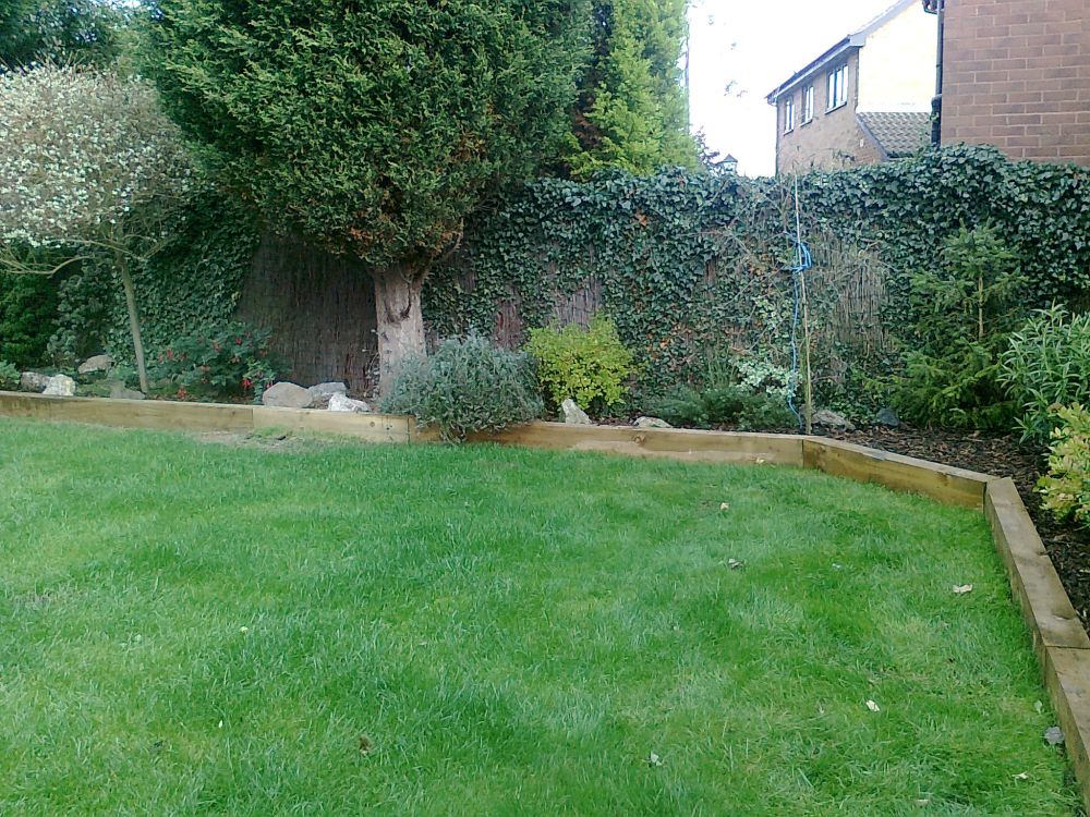 Patrick S New Raised Beds Amp Retaining Walls With Railway