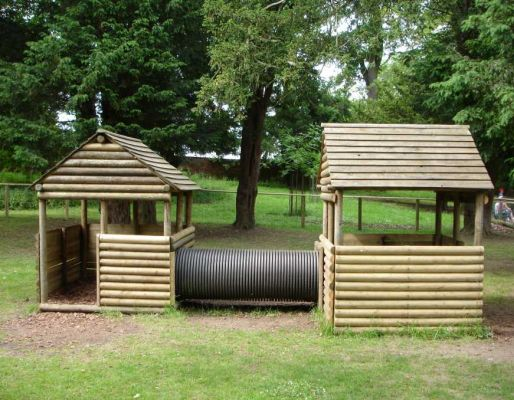 Belton Hall's play houses, fort & playarea with poles