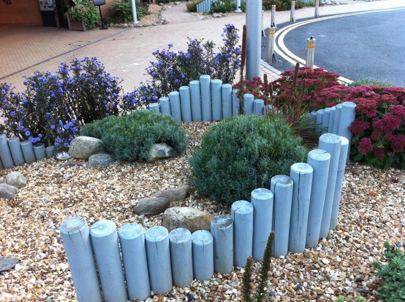 Landscaping poles at east midlands conference centre for Garden design nottingham