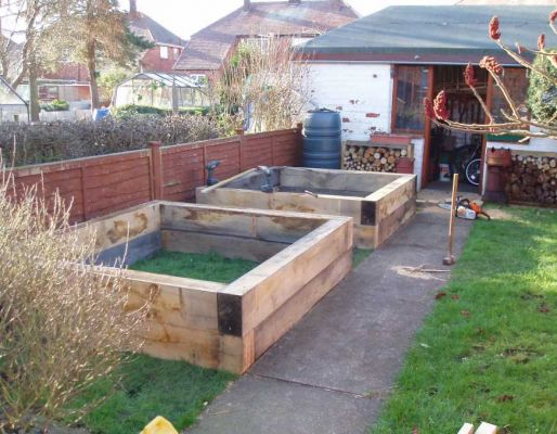 Ray Owen's raised bed (Ray's bed) with railway sleepers