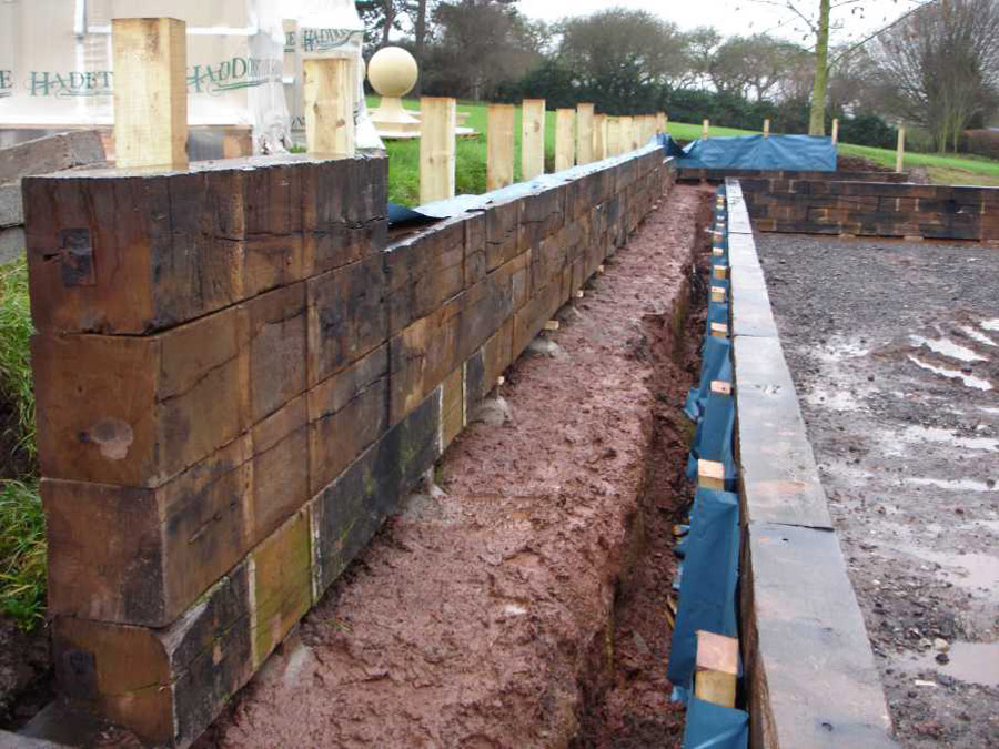 Timber sleeper retaining wall design